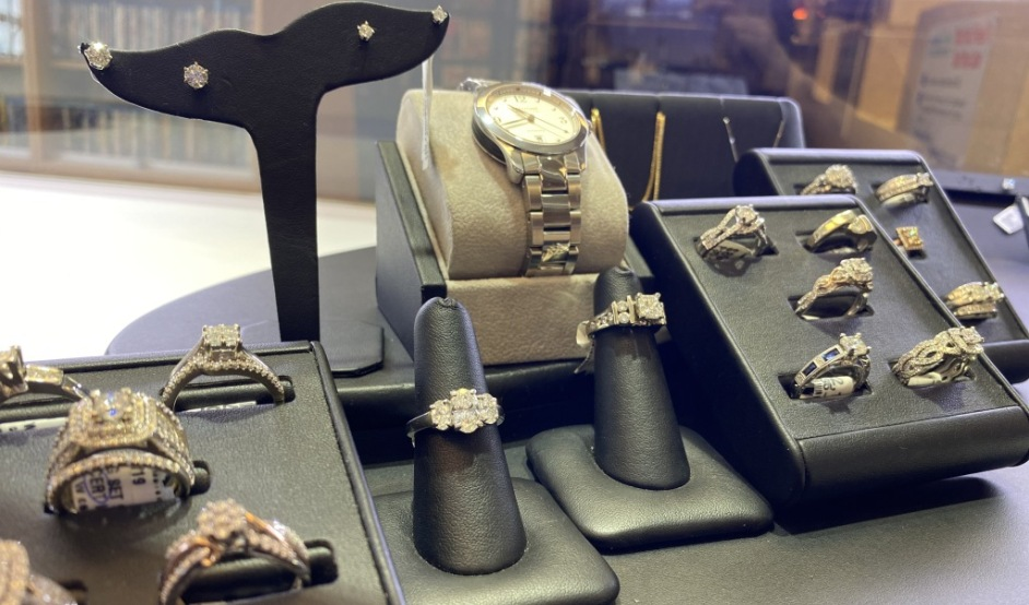 Product Image Jewelry Display